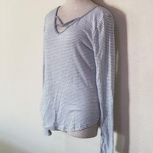 SO gray white long sleeve top L